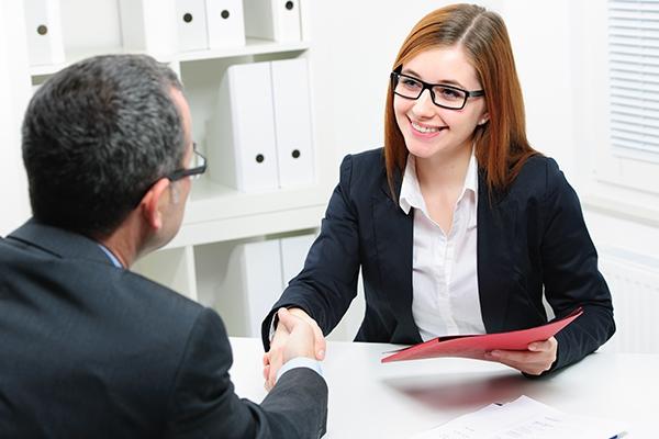 「职场问答」面试时应该实话实说还是回答时尽可能取悦面试官?